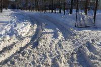 Женщина лежала на снегу в 25 градусный мороз и самостоятельно не могла встать.
