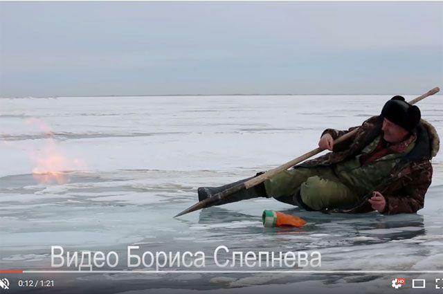 НаБайкале сняли навидео столбы подводного огня