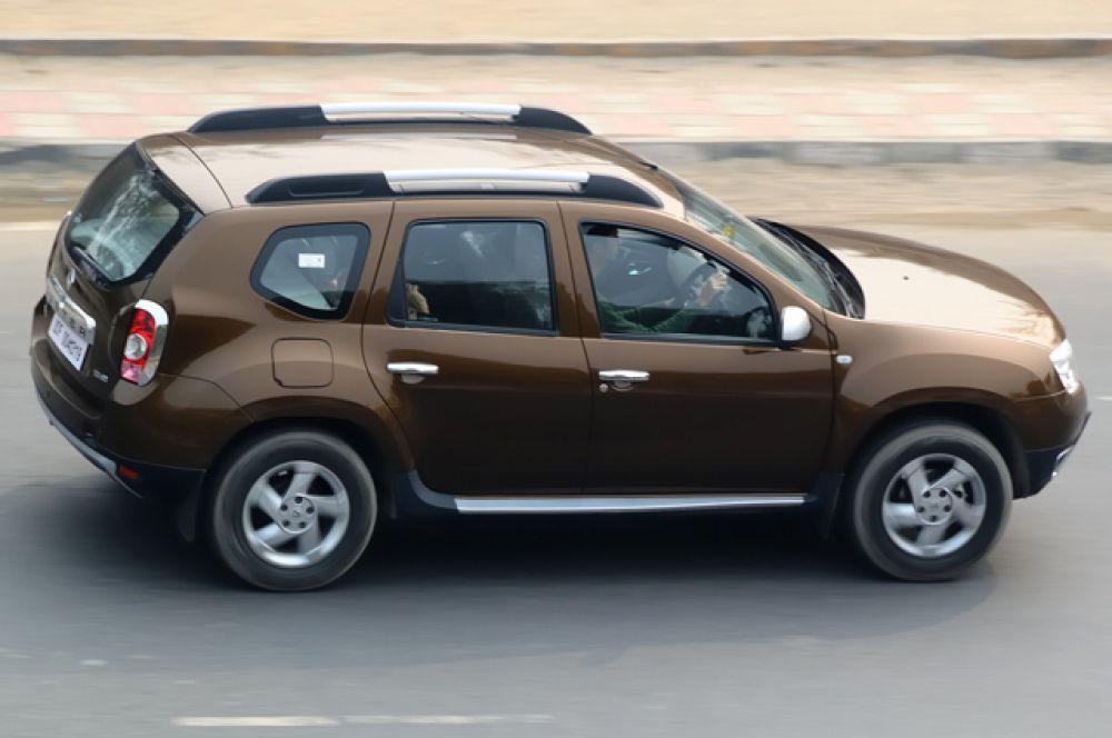 Уже за 756 000 рублей можно приобрести автомобиль с 1,6-литровым силовым агрегатом и 6-ступенчатой механической коробкой.