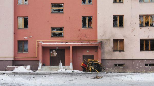 В некоторых домах Авдеевки полностью разбиты стекла
