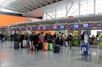 Мужчина в аэропорту «Борисполь» устроил драку во время прохождения паспортного контроля
