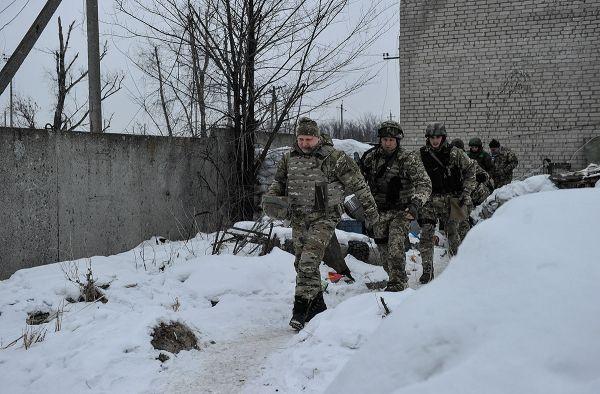 Секретарь СНБО Украины Александр Турчинов посетил Авдеевку, в связи с обострением ситуации