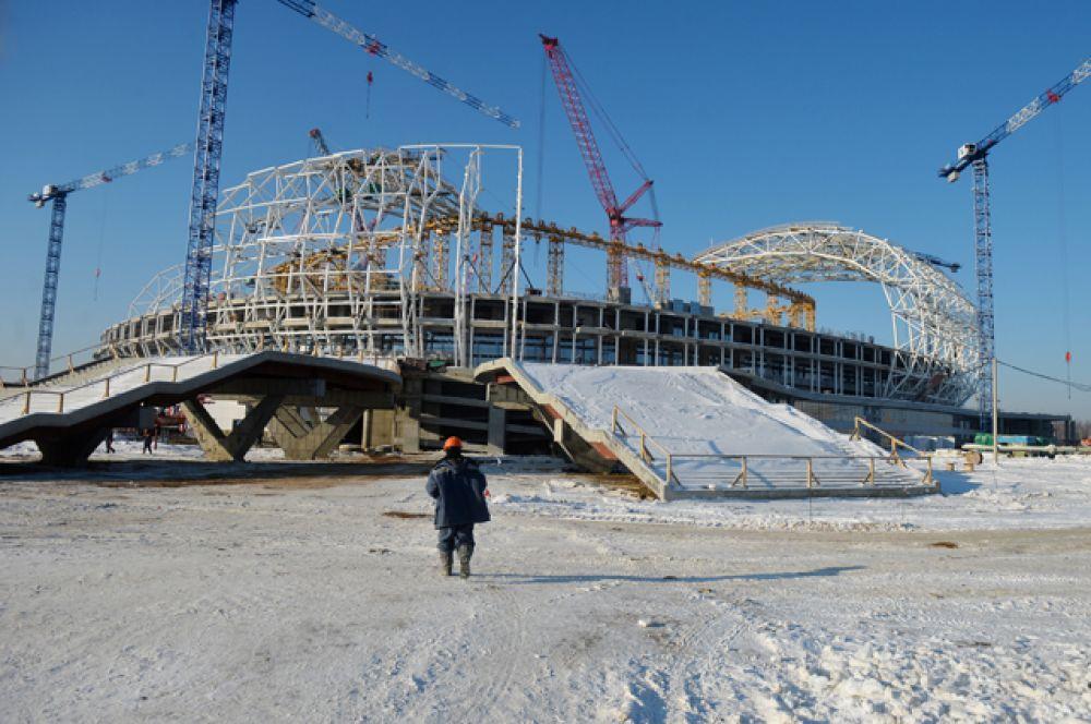 Специально к ЧМ 2018 года строятся несколько новых стадионов. «Мордовия Арена» в Саранске, вместимость 45 015 человек.
