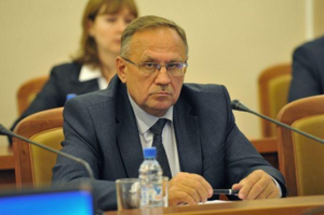 Министр образования Омской области Сергей Канунников может уйти вотставку
