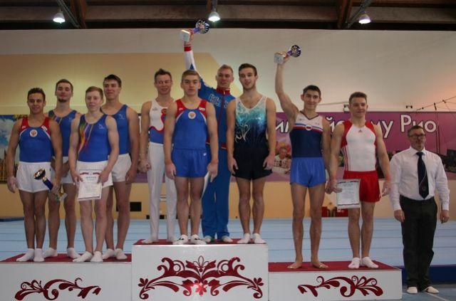 Победители и призеры командного первенства среди мужчин.
