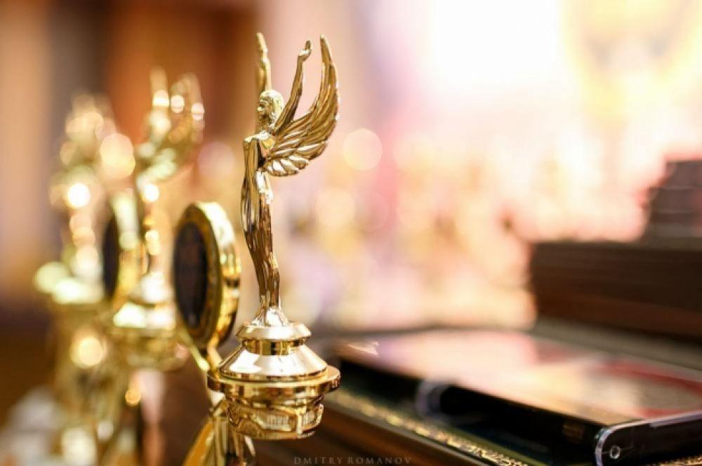 Церемония состоялась в золотом зале конгресс-отеля «Дон-Плаза».