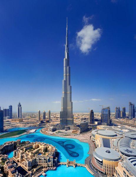 В самом высоком здании Бурдж-Халифа, которое находится в Дубаи и достигает высоты в 828 метров есть лифты, которые доставляют людей на высоту 504 метра за 35 секунд!