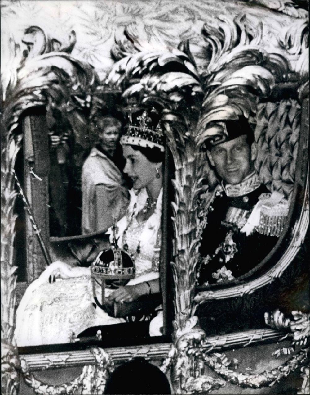 1947 год. Свадьба принцессы Елизаветы и принца Филиппа, герцога Эдинбургского.