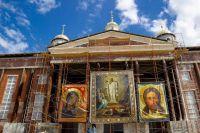 Иван Белозерцев подчеркнул важность восстановления православной святыни.
