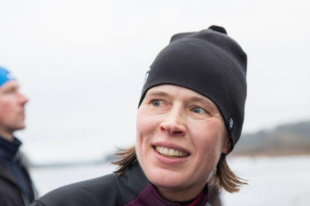 Руководитель Эстонии прошла 50-километровую дорогу налыжном марафоне