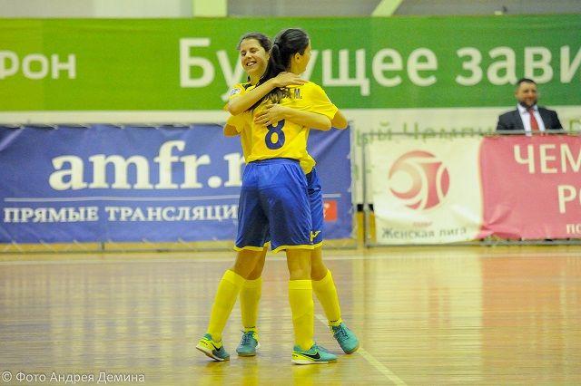 Сестры Самойловы стали героинями IX тура женского чемпионата России по мини-футболу.