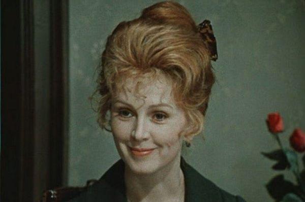 Валентина Титова в сериале «Дни Турбиных», 1976 год.