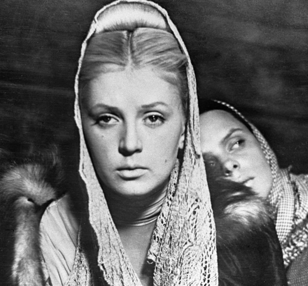 Актриса Валентина Титова в роли Марии Гавриловны в кинофильме «Метель», 1964 год.