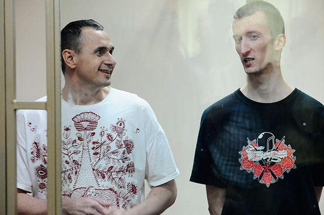 РФне желает выдавать политзаключенных Сенцова иКольченко