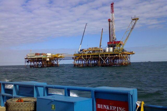 Одесский суд заочно арестовал четыре нефтяных установки компании из Крыма