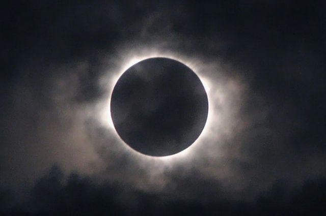 Продолжительность затмения составит 04 часа 19 минут