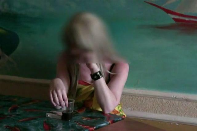 ВКирове проститутку словили споличным всауне 16+