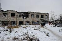 Разрушенное здание в Авдеевке