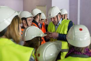 Школьники получили возможность посетить цеха производственного объекта