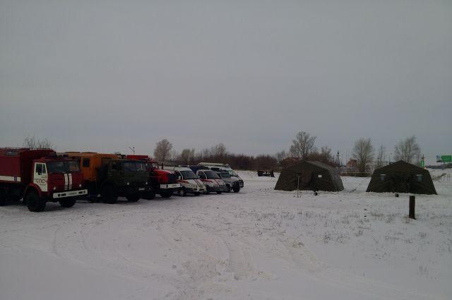 На трассах Оренбуржья развернуты 4 мобильных пункта обогрева