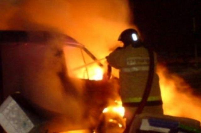 Ночью вРязани наулице Стройкова сгорел автомобиль