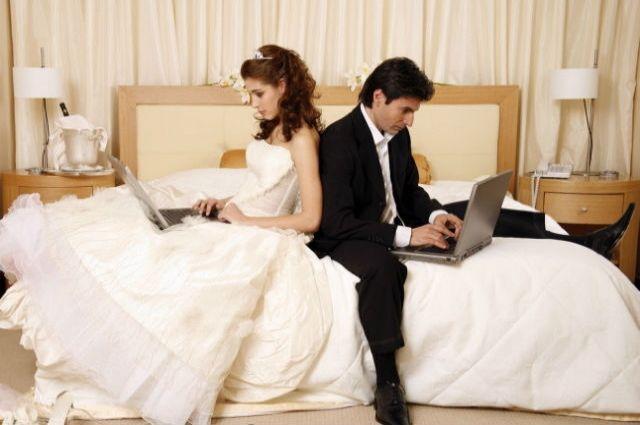 Ежедневно в интернете складываются 118 новых союзов.
