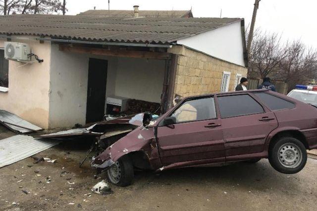 НаСтаврополье шофёр въехал взабор дома