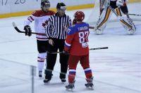 Александр Тарасов выступал под номером 87.