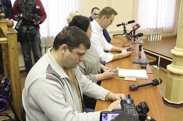 Навальный признан виновным вхищениях поделу «Кировлеса»
