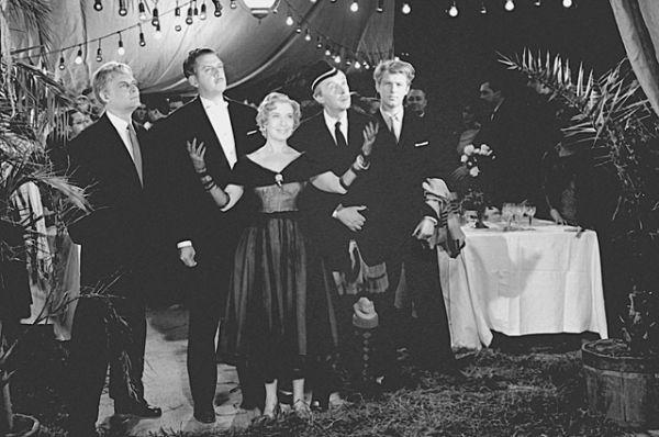 Любовь Орлова в одном из последних своих фильмов «Русский сувенир», 1960 год.