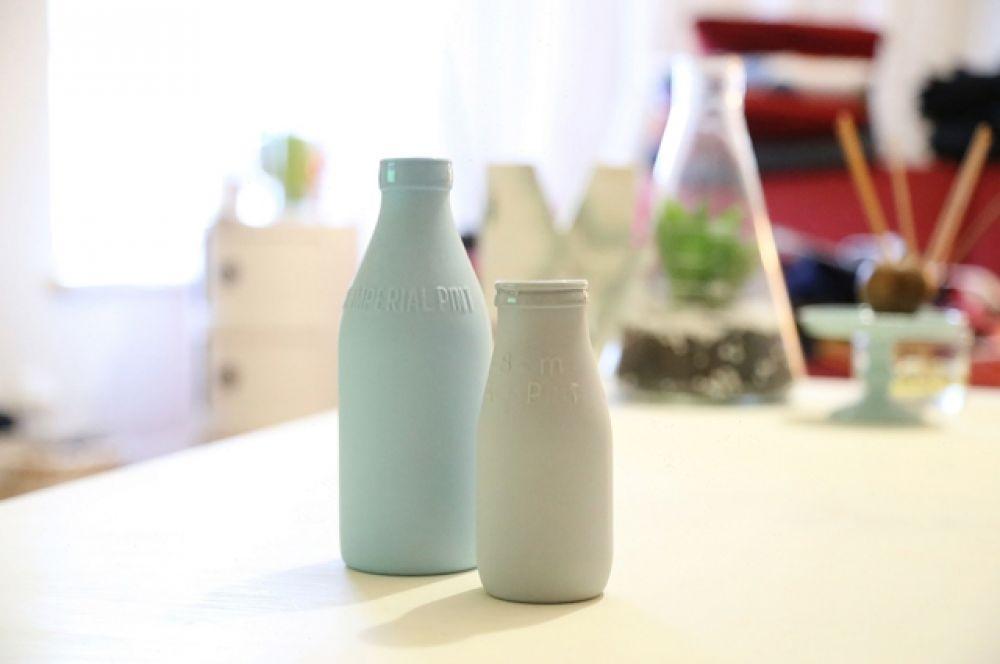 Молоко и другие молочные продукты содержат витамины А, D, группы В, кальций, магний, калий, которые укрепляют зубы.