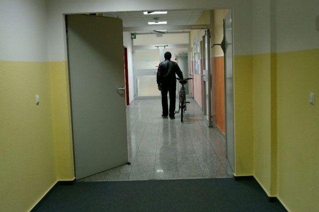 Под жилища для беженцев приспособлены бывшие американские базы и рабочие помещения.