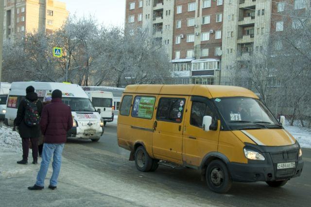 Омский дептранспорта расторгнет договор счастниками намаршруте №387