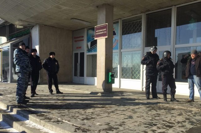 Изофисного здания вцентре Саратова эвакуировали всех людей