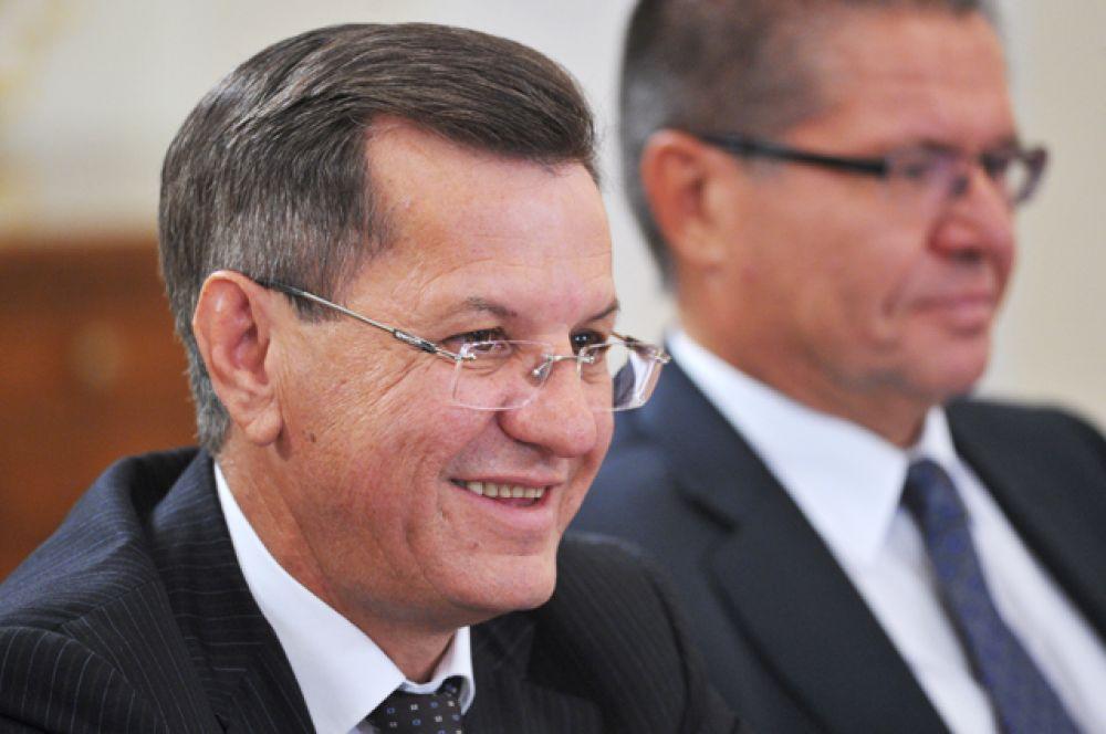 Губернатор Астраханской области Александр Жилкин, в должности с  23 декабря 2004 года.
