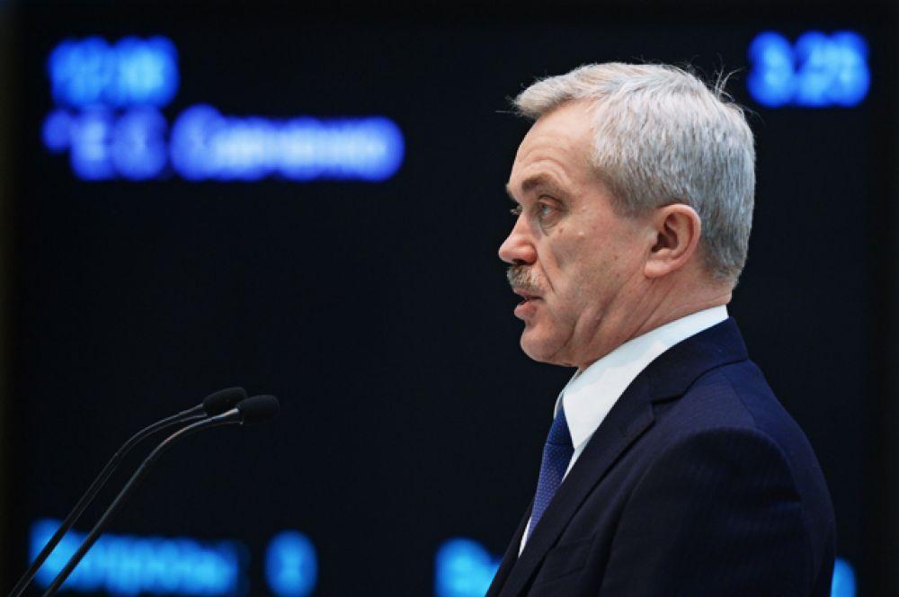 Губернатор Белгородской области Евгений Савченко, в должности с 18 декабря 1993 года.