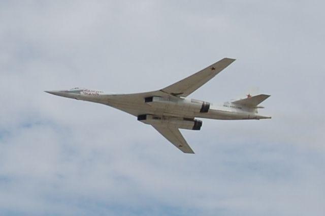 Минобороны подтвердило сопровождение русских Ту-160 английскими ВВС