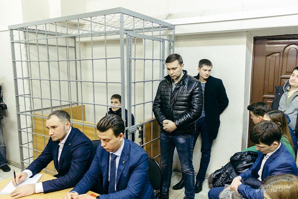 Рустам Тимербаев занимает должность начальника управления активных операций в ООО «ИК «ТФБ Финанс» и в ПАО «Татфондбанк»