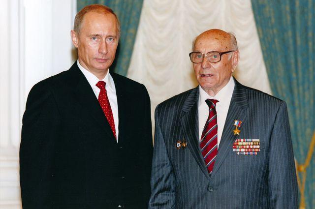 Владимир Путин поздравил шпиона Ботяна, спасшего Краков отфашистов, со100-летием