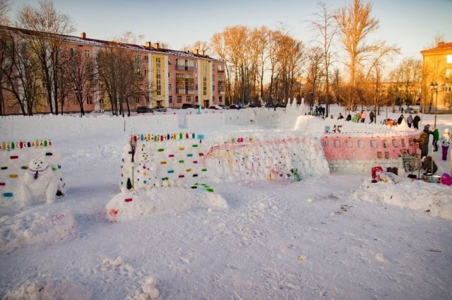 Рыбинская снежная крепость угодила вкнигу Рекордов РФ