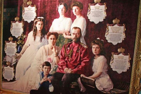 Последний император – Николай II предстал перед посетителями не только как политический деятель, но и как муж, отец, личность глазами современников, историков, домочадцев.
