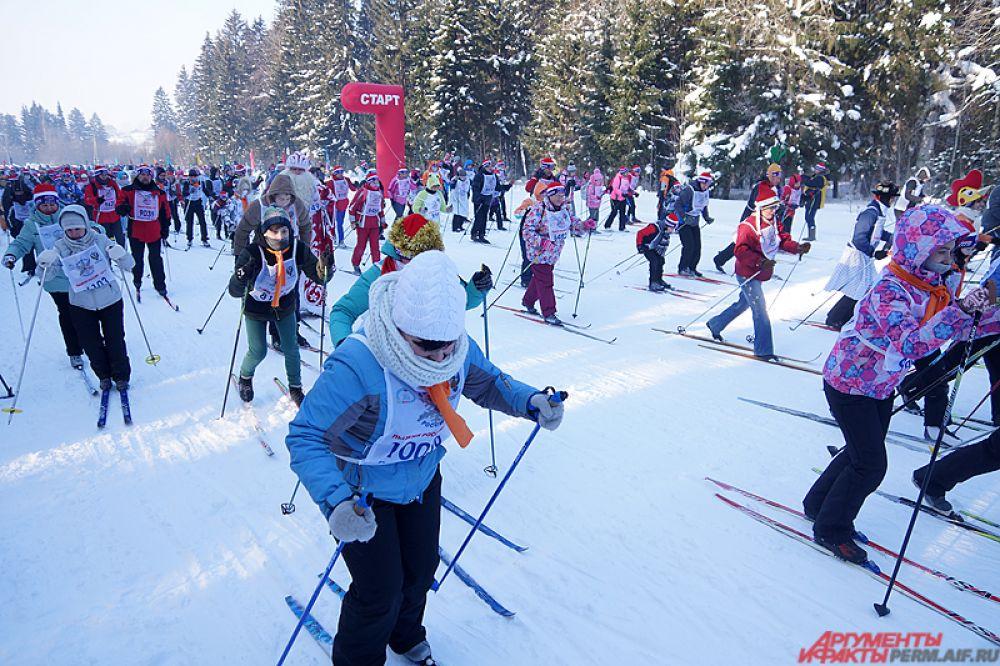 Всего в забегах приняли участие тысячи пермяков.