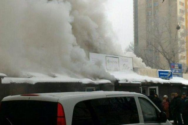 В Киеве горел самый крупный радиорынок Украины