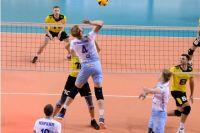 Оренбургский «Нефтяник» проиграл в домашнем матче московскому «Динамо»