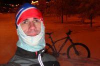 Омич занимается спортом в любое время года.
