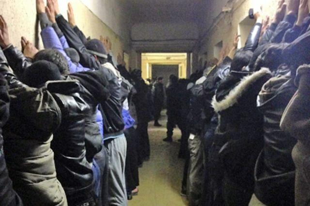 Вуральской мечети задержали незаконных мигрантов изСомали иСирии