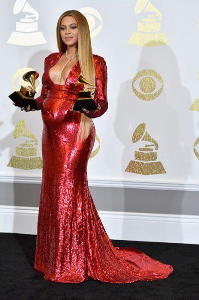 Бейонсе, упомянутая в девяти категориях, была лидером по количеству номинаций в этом году, но завоевала лишь две — в категориях «Лучшее видео» за «Formation» и «Лучший альбом современной городской музыки» за «Lemonade»