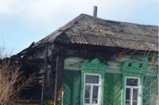 Сгорел деревянный частный дом.
