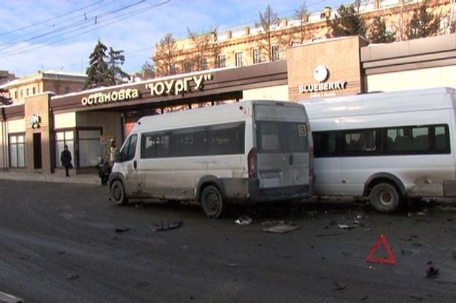 Одна изстуденток, пострадавших вужасном ДТП около  ЮУрГУ, остается вреанимации