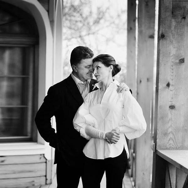 Петр Порошенко с любовью своей жизни, Мариной. В этом году этой супружеской паре исполнится 33 года
